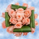 9 Dreamy Pink Roses & Greenery Wedding Centerpieces