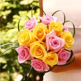 6 Pink and Yellow Romantic Bridesmaids Rose Bouquets