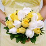 6 Gorgeous Yellow and White Royal Bridesmaids Rose Bouquets