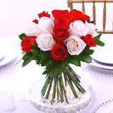 3 Stylish Wedding Centerpieces with Red & White Roses