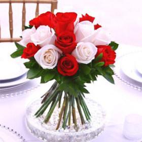 Best dark pink light pink wedding rose centerpieces globalrose best dark pink and light pink romantic wedding rose centerpieces mightylinksfo